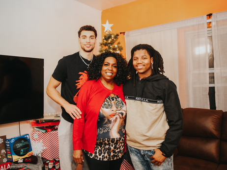 Zach LaVine Surprises Deserving Family with Holiday Home Makeover