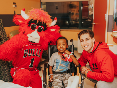Ryan Arcidiacono and Benny the Bull Visit Patients at Advocate Children's Hospital