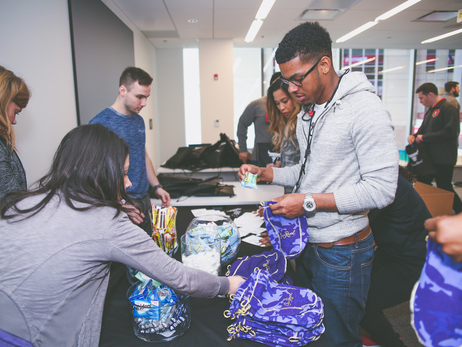 CHICAGO BULLS AND DIAGEO PACK SUPPLIES FOR VETERANS