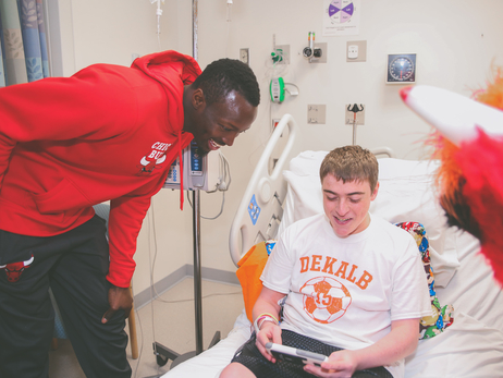 JERIAN GRANT AND BENNY THE BULL VISIT ADVOCATE PATIENTS