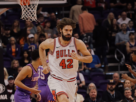 Bulls hustle and defeat Suns, 116-101