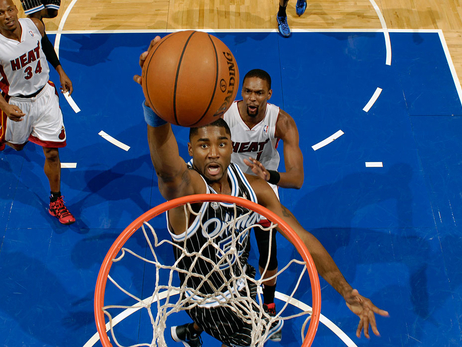 Bulls sign guard E'Twaun Moore