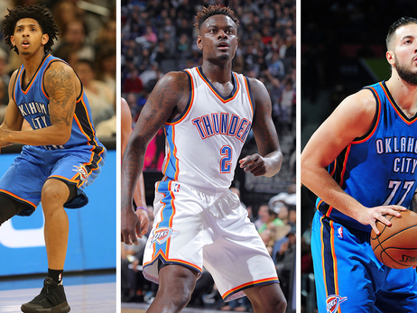 Cameron Payne, Anthony Morrow, and Joffrey Lauvergne