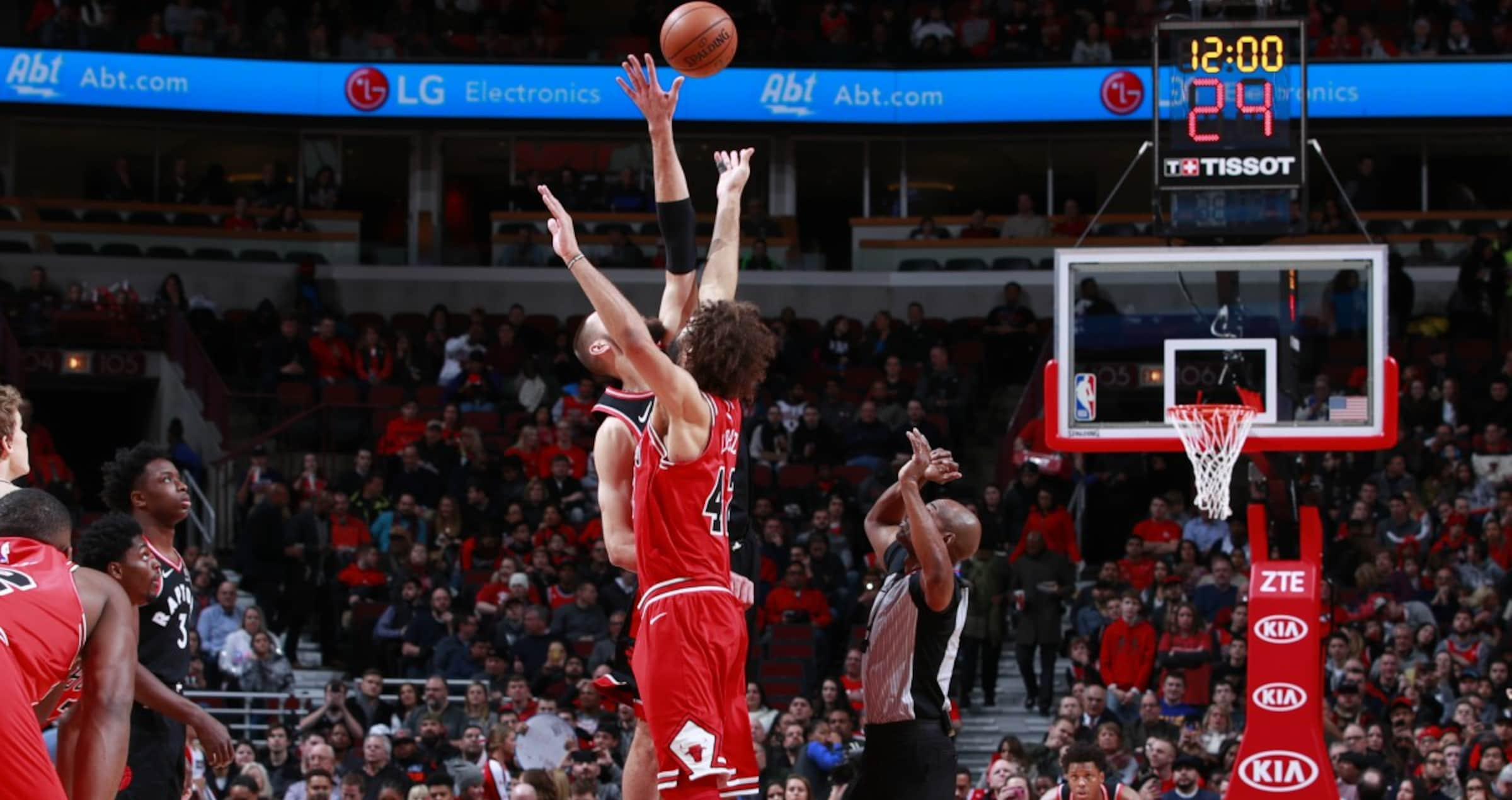 Robin Lopez and the tipoff against the Toronto Raptors at the United Center