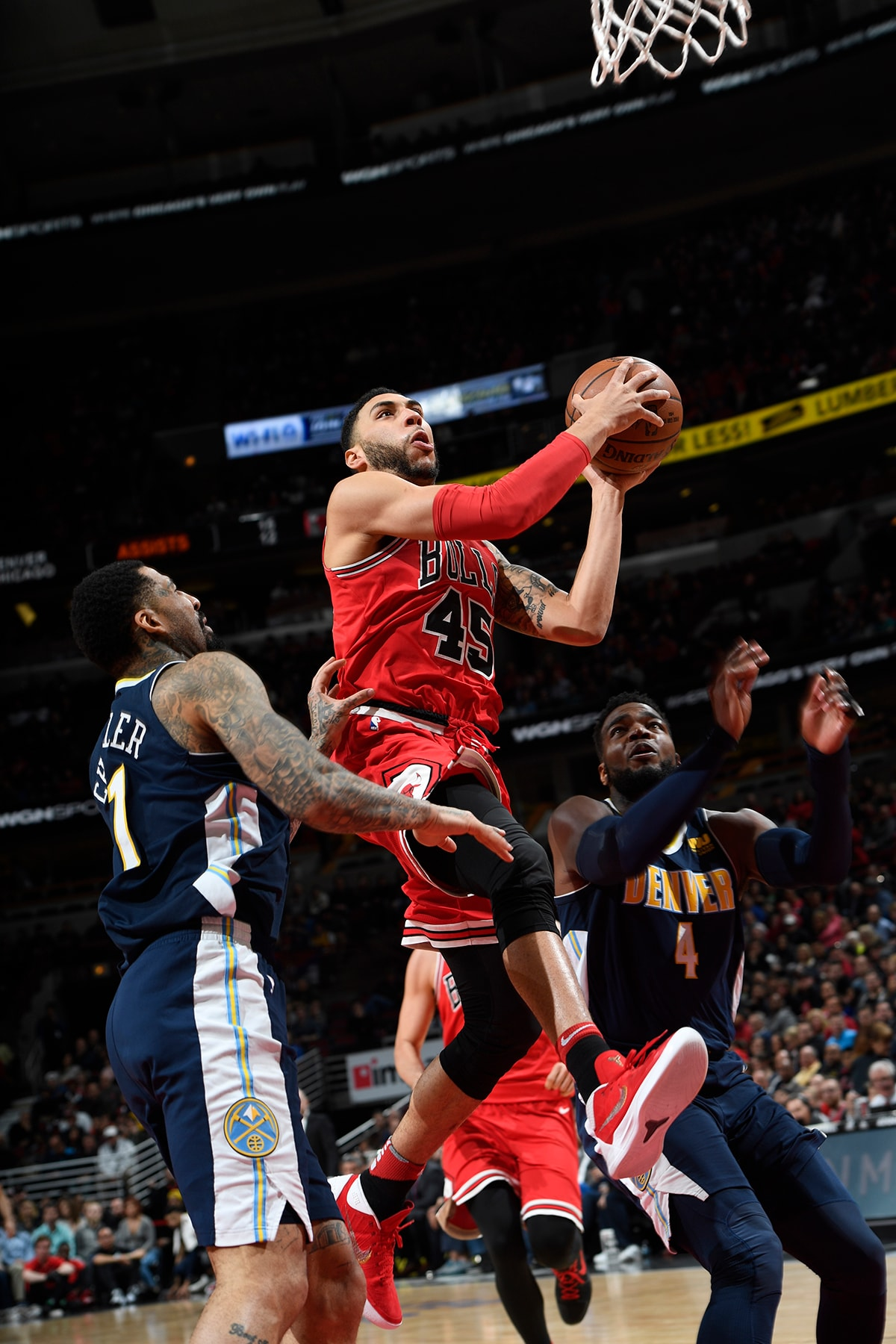 Denzel Valentine of the Chicago Bulls makes a lay-up