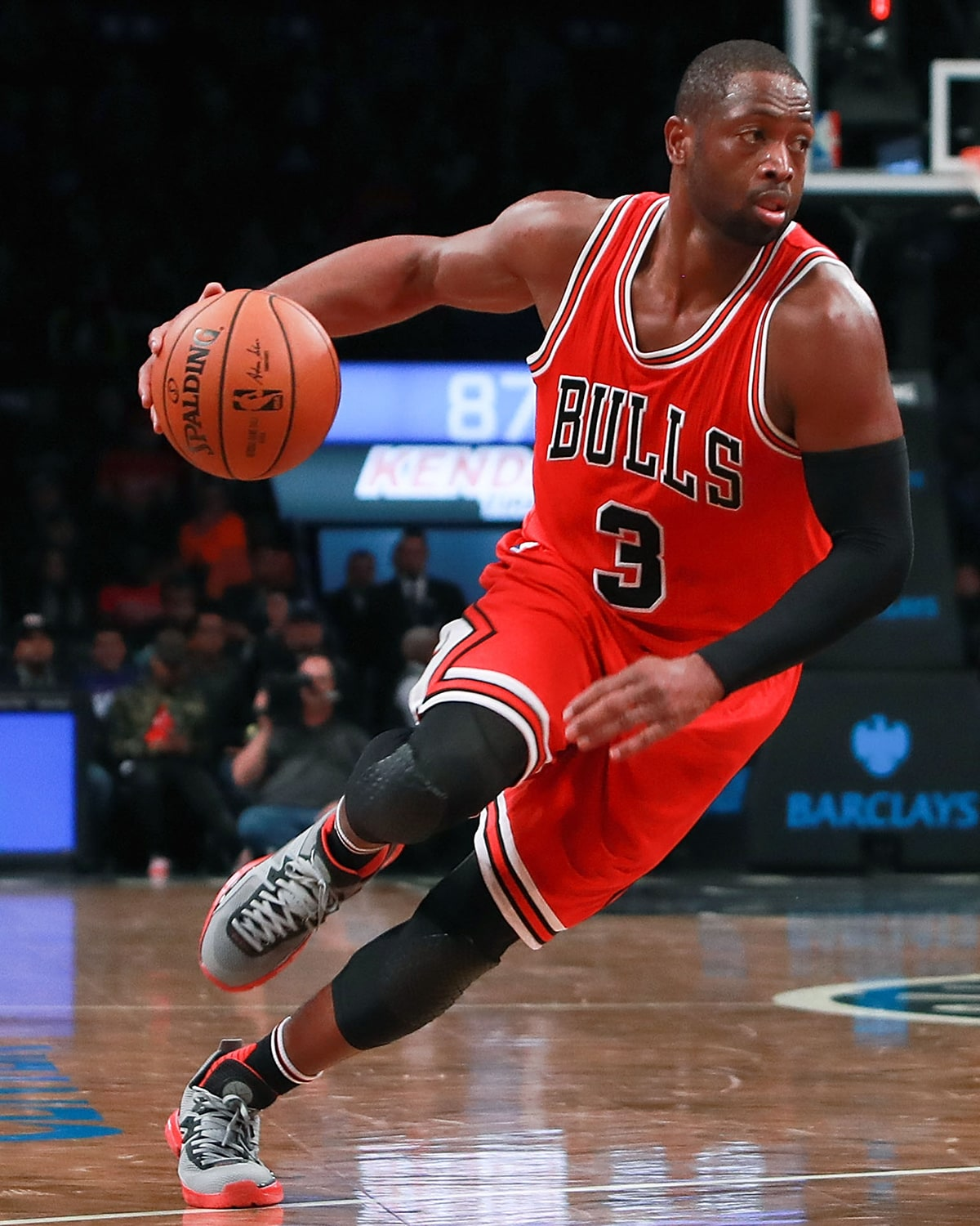 best sneakers 8aee2 d76f6 Bulls continue hot start with blowout in Brooklyn   Chicago ...