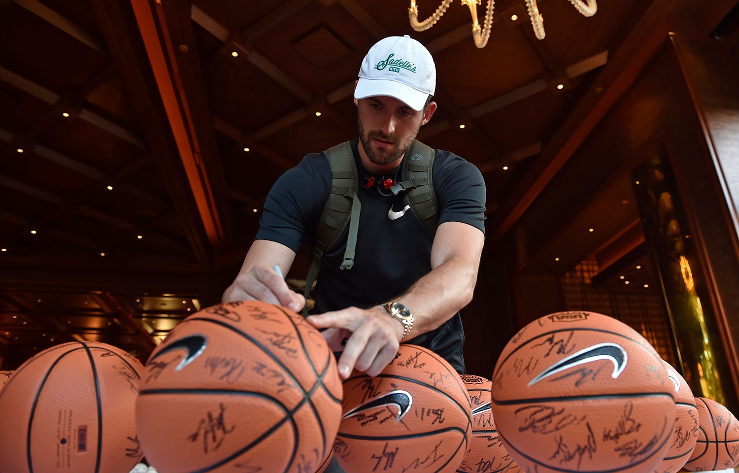 LAS VEGAS, NV - JULY 25: Kevin Love signs autographs at USAB Minicamp in Las Vegas, Nevada at the Wynn Las Vegas on July 25, 2018.(David Becker/NBAE via Getty Images)