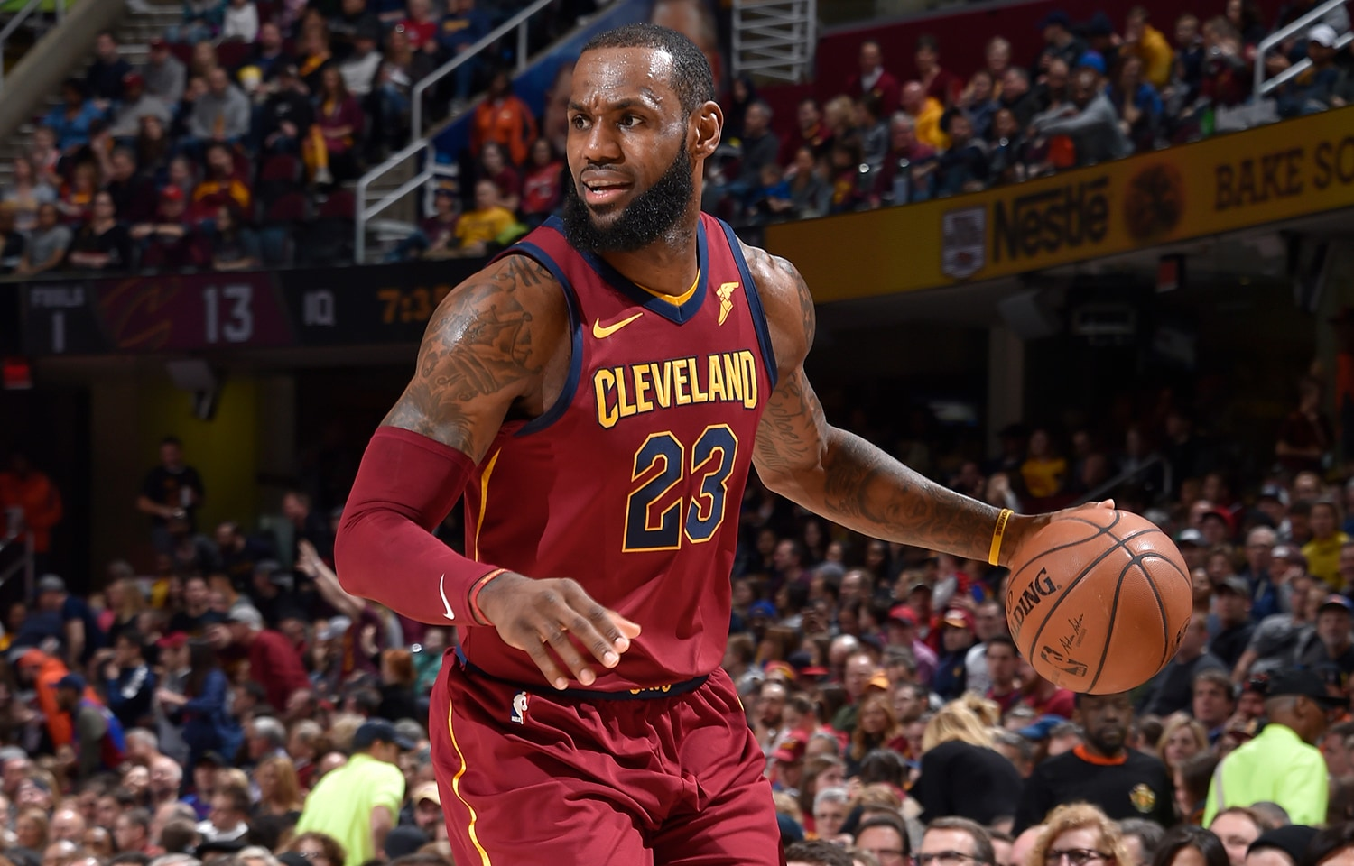 LeBron James registered his 27th double-double of the season (386th of career) with a game-high 25 points on 8-15 (.533) shooting, a game-high 14 assists, eight rebounds and one steal in 38 minutes. With his eight field goals on the night, James passed Dirk Nowitzki (10,914 FGM) for the 8th-most field goals made in NBA history.(David Liam Kyle/NBAE via Getty Images)