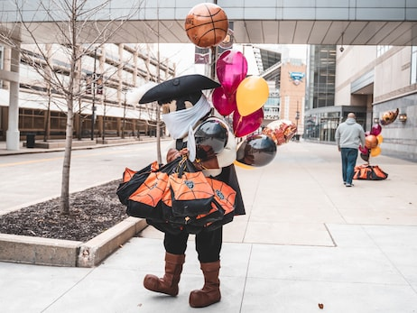 Cavs Tip Off Annual Season of Giving Safely to Assist Those in Need this Thanksgiving