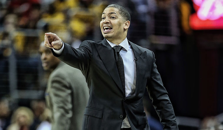 Cavs, Tyronn Lue agree to 5-year contract extension
