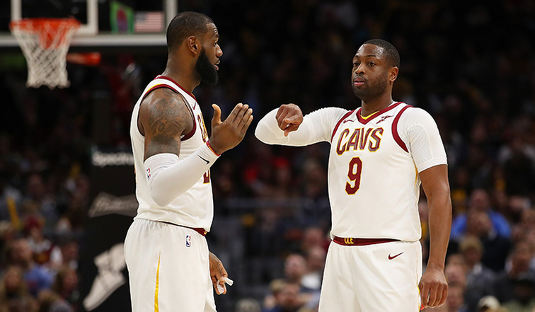 LeBron James gets first career ejection after arguing with official