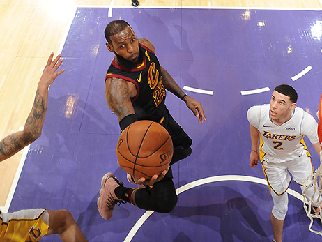 Lakers' Third-Quarter Surge Sinks Cavs in L.A.