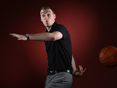 10 Facts and Stats About Sam Dekker