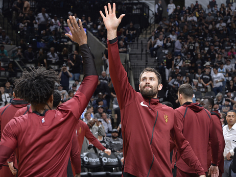 Celebrate National High Five Day with the Cavs