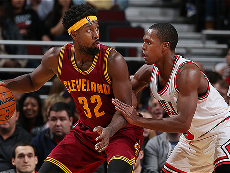 Cavs Can't Hold Off Bulls Starters in Chicago
