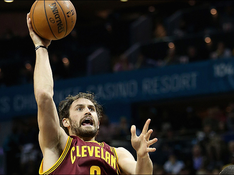 Cavs Hold Off Hornets, Snap Road Skid