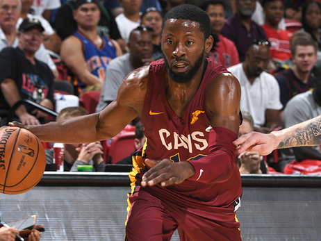 Cavs Make a Point in Win Over Rockets