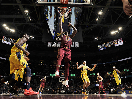 Indy Pulls Away Late to Keep Cavs Winless