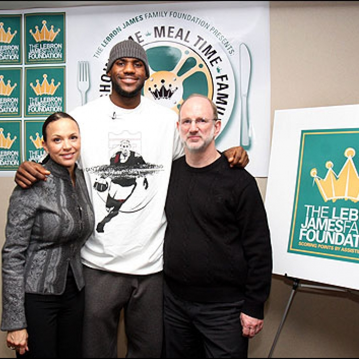 Cavaliers: LeBron James Thanksgiving Meal and a Movie