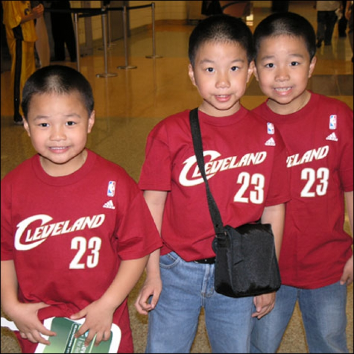 Cavaliers: Cavaliers vs. Nets Game 2 Fan Photos - May 8, 2007