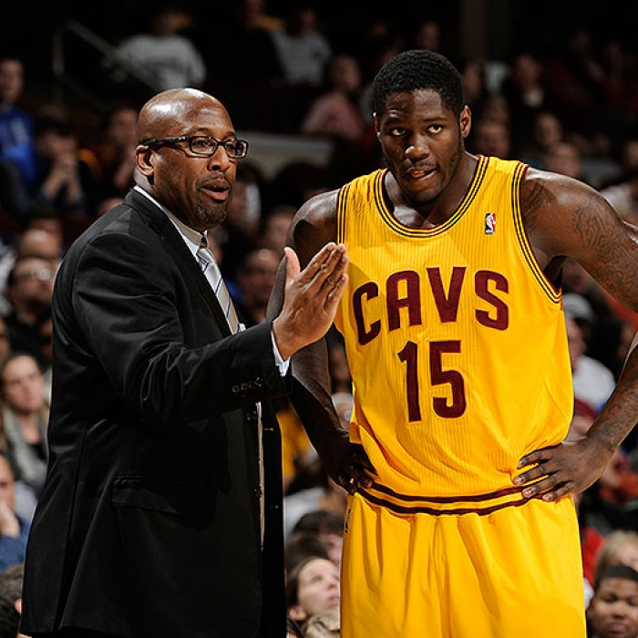 Mike Brown, Anthony Bennett