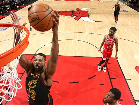 Road-Weary Cavs Can't Hold Off Bulls Rally