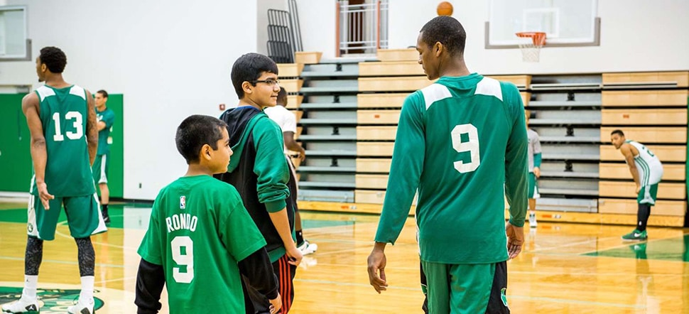 Rondo, Make-a-Wish Foundation Surprise Young Fans