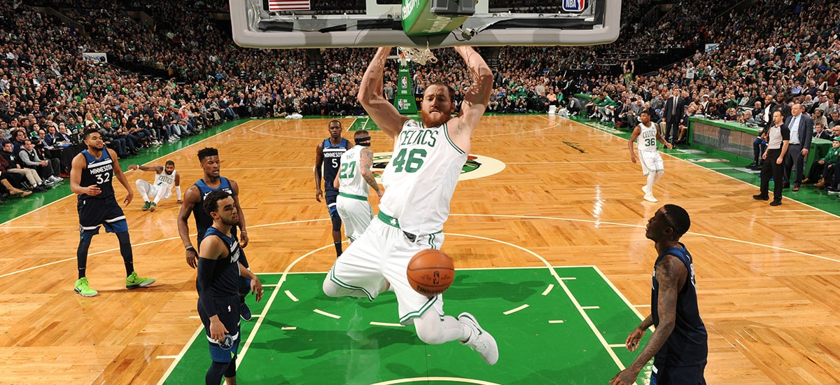 e7dd9f4a3 Celtics Re-Sign Aron Baynes