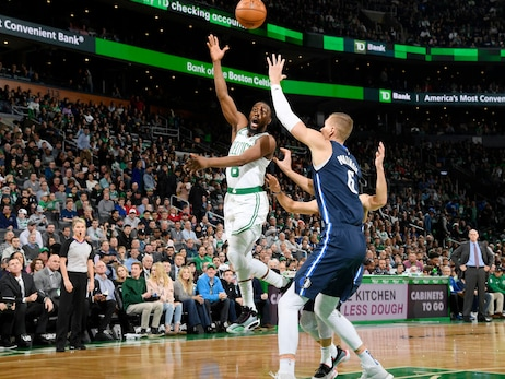 Photos: Mavericks vs. Celtics - Nov. 11, 2019