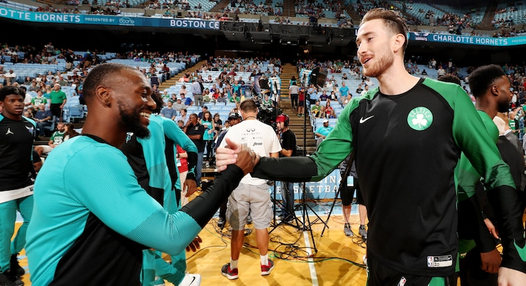 Kemba Walker and Gordon Hayward ahead of a 2018-19 preseason game