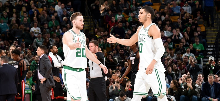 Gordon Hayward and Jayson Tatum slap hands