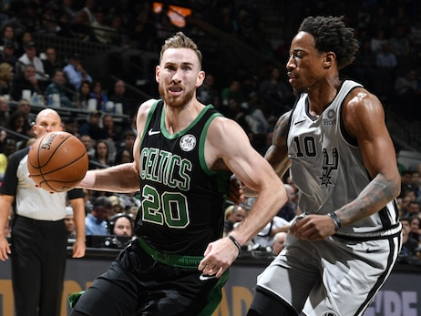Celtics Continue Rolling, but Lose Hayward to Broken Hand