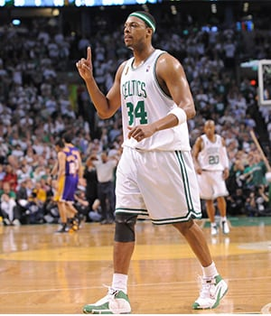 61efe3cd8 Bringing Banner 17 to Boston. Paul Pierce solidifies himself as a Celtics  ...