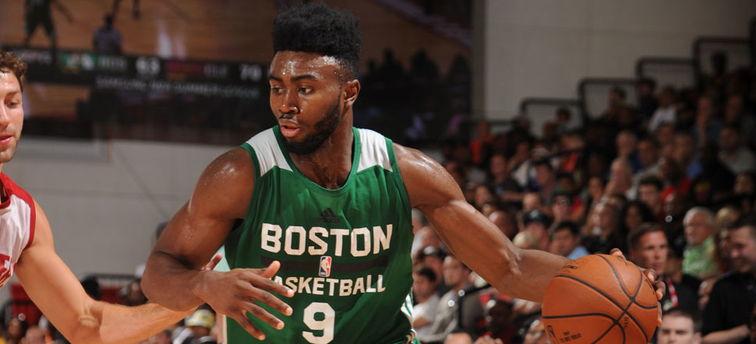 Jaylen Brown drives to the basket during 2016 Summer League