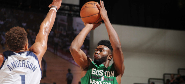 Jaylen Brown takes a jumper against Dallas