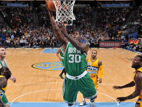 Brandon Bass layup in Denver
