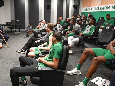 C's Get a Surprise History Lesson from Legend Bob Cousy
