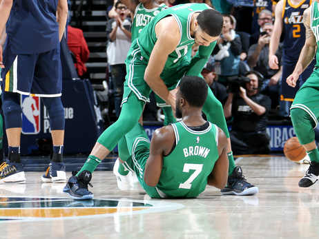Boston's 4-Game Sweep Out West is Utterly Incomprehensible