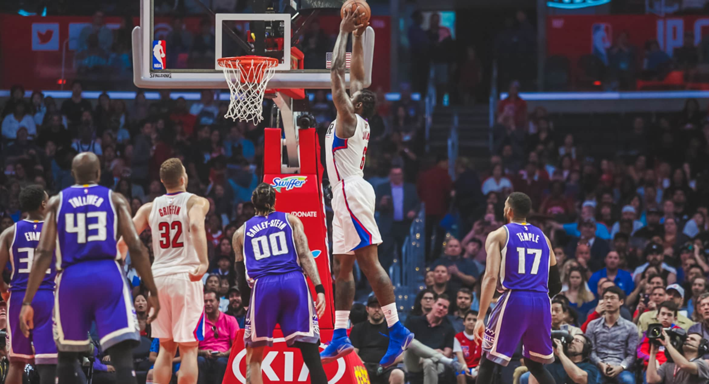 Clippers Surviving Tough March, Ready To Turn Corner