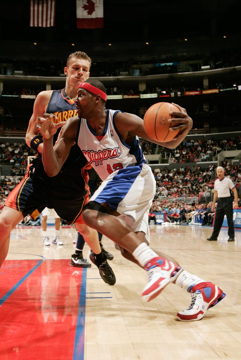 Remembering EB Former Clippers Star Elton Brand Retires