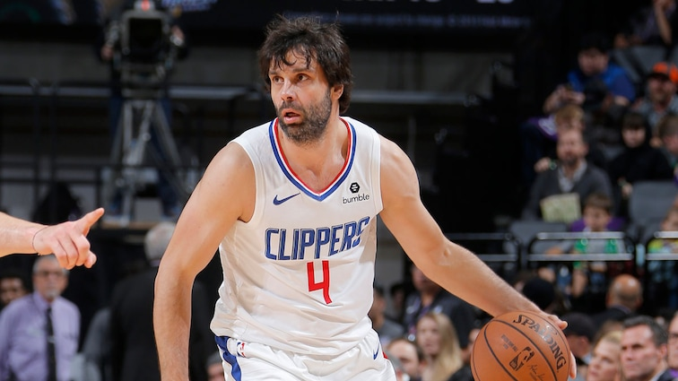L.A. Clippers Waive Milos Teodosic