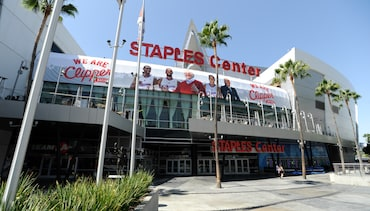 Photos: Fans at STAPLES Center | Gallery 2