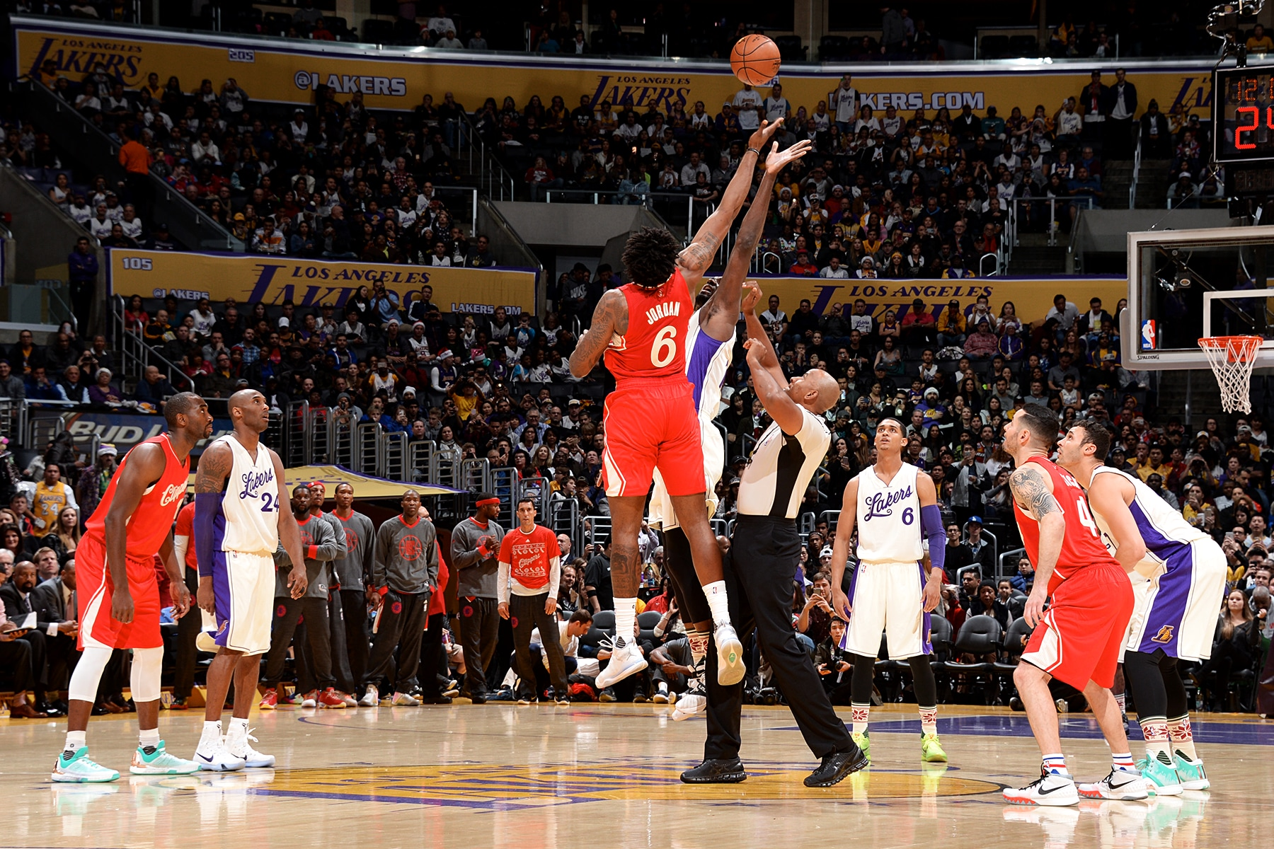 Clippers' Early Lead Crucial Vs. Lakers In Christmas Win | LA Clippers