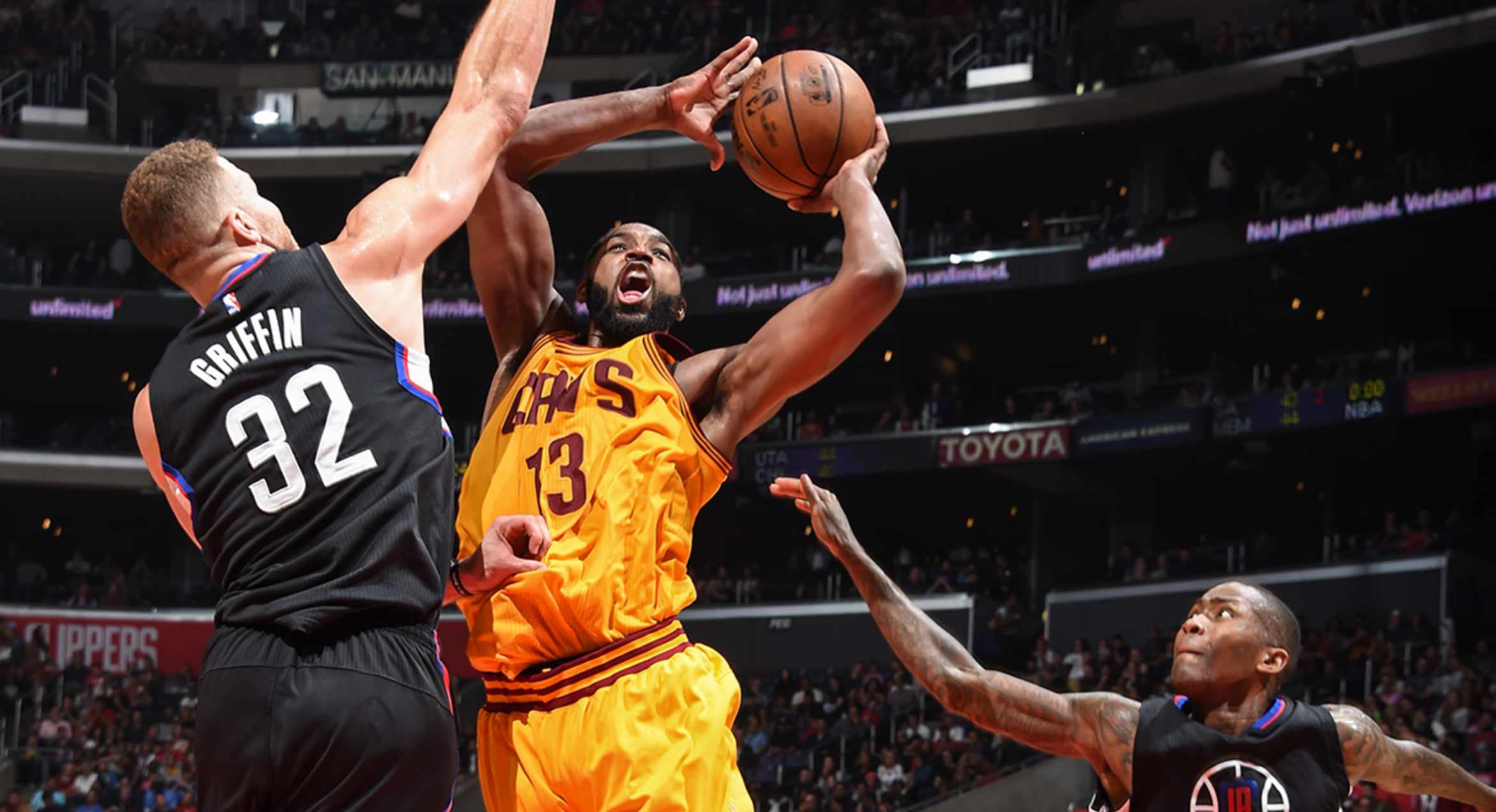 Clippers Defense Stifles Cavaliers Who Sit Big 3, 108-78