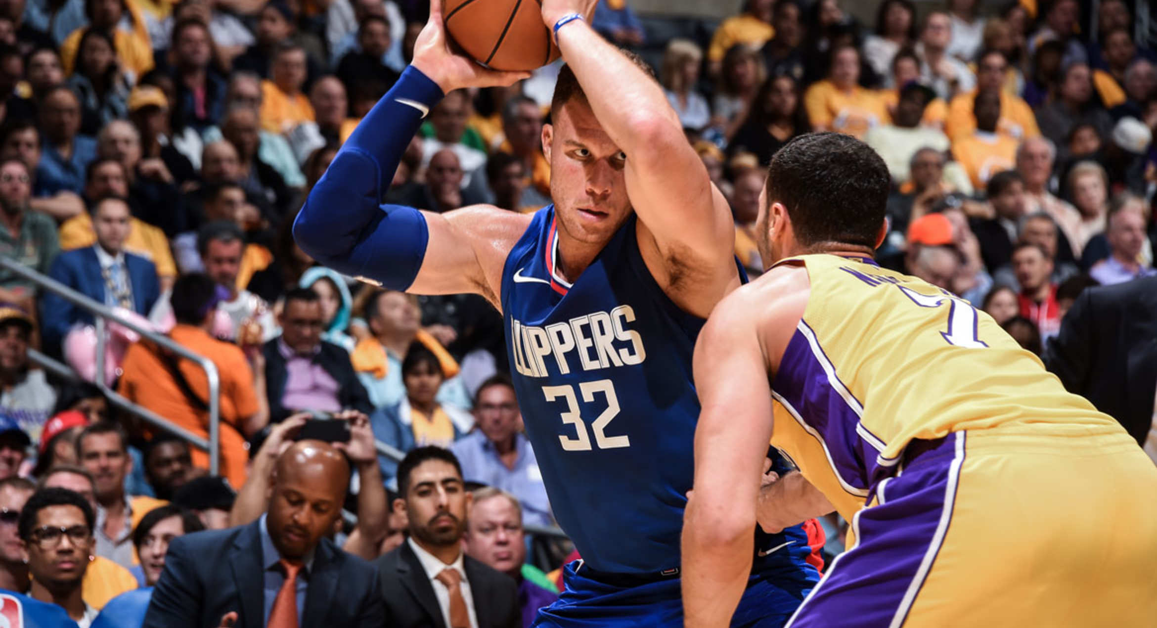 Griffin could return in Clippers' latest matchup with Lakers