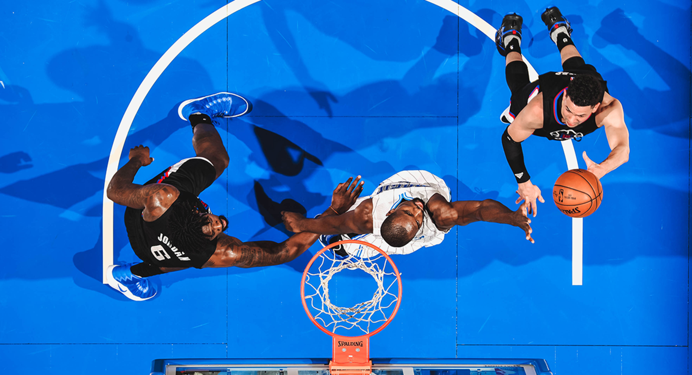 Image of Jordan Sets Clippers' Blocks Record; Rivers With Strong Homecoming