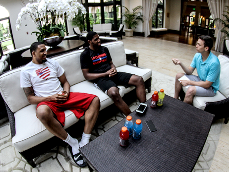 Image of Rowan Kavner chatting with Royce O'Neale and TaShawn Thomas in Orlando during Summer League 2016 | LA Clippers