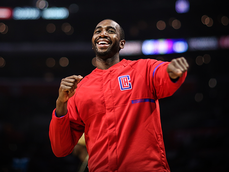 Press Release: L.A. Clippers signed forward Luc Mbah a Moute