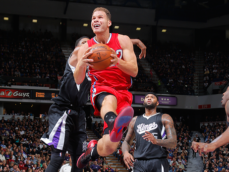 Clippers Hold Off Kings, 111-104, In Opener