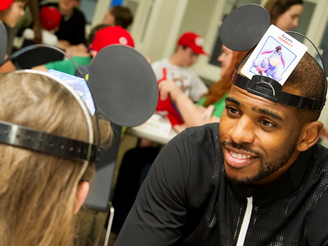 Clippers Stop At St Jude's In Memphis To Visit Children
